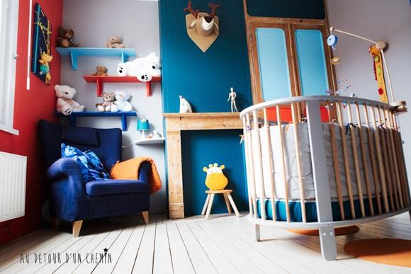 coisas da my um quartinho bem colorido. Black Bedroom Furniture Sets. Home Design Ideas